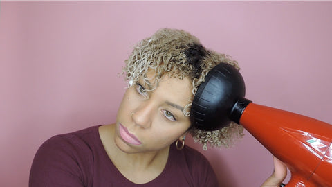 Using a diffuser for curly hair | CurlShoppe
