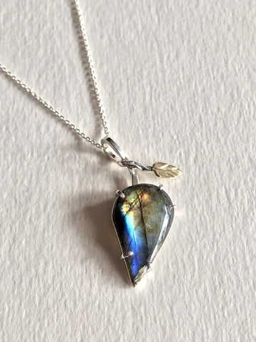 Silver with 14k Yellow Gold Leaf Labradorite Pendant on 18'' Cable Chain