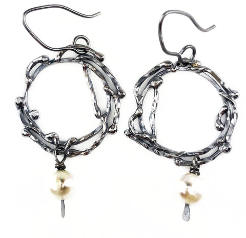 Black and White Wreath Earrings - Mettle by Abby