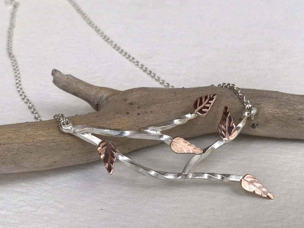 BRANCH NECKLACE METTLE