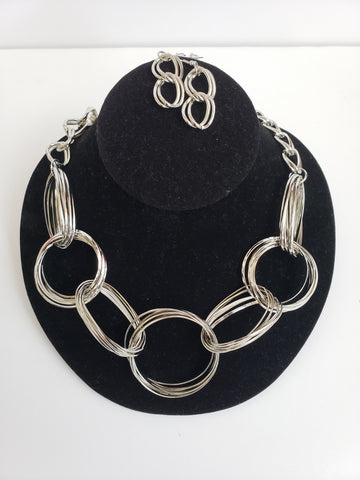 Silver Wired Ring Necklace Set