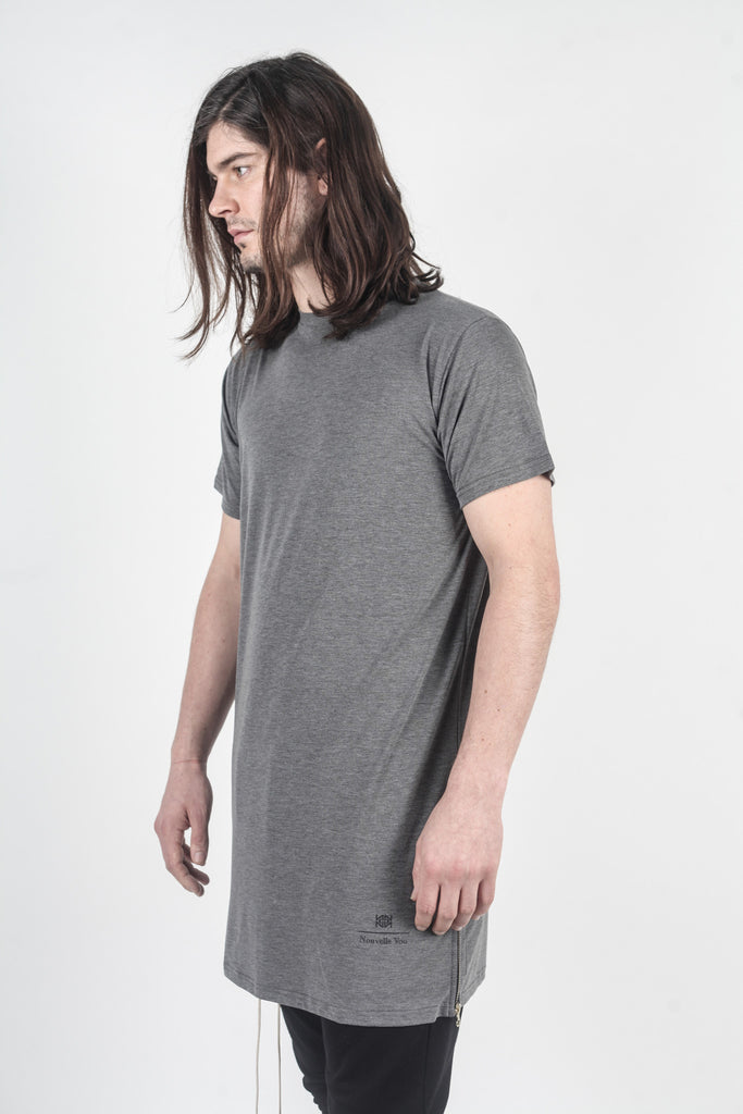 ESSENTIAL LONG ZIPPER TEE