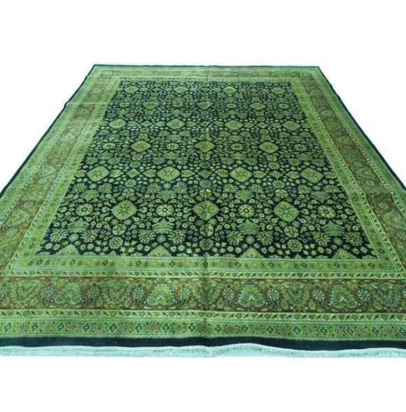 Fascinating 12x14 Authentic Handmade Rug-India