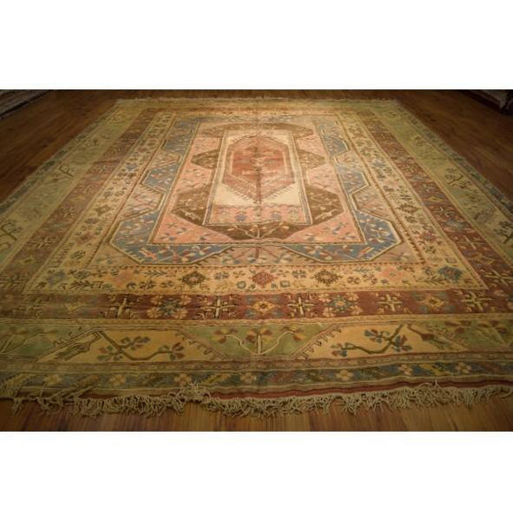 Luxurious 13x15 Authentic Hand Knotted Rug