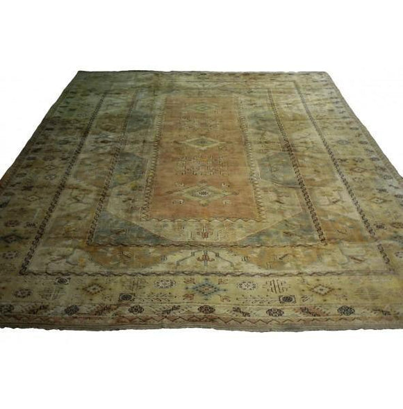 Harooni Rugs - Dazzling 14x18 Authentic Hand-Knotted Pre-Owned Oushak Rug - India