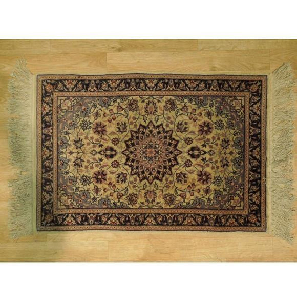 2x3 Authentic Hand Knotted Fine Quality Isfahan Rug - China