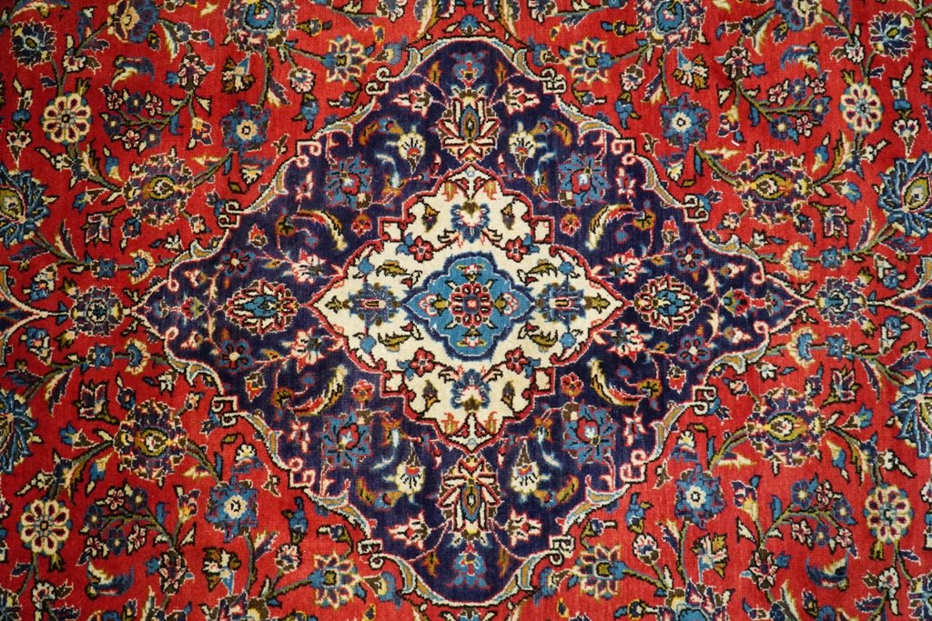 Authentic Hand-Knotted 9x13 Lilihan Persian Sarouk Rug - Traditional