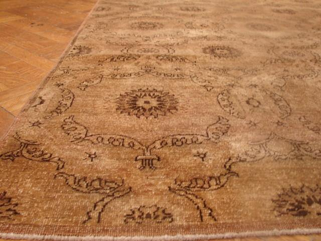 Radiant 7x9 Authentic Hand-knotted Antiqued Chobi Peshawar - Pakistan