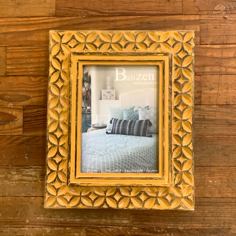 Turmeric Coffee Bean Motif Frame Medium