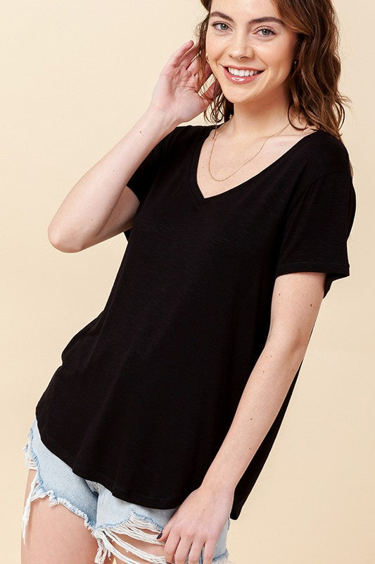 V-Neck S/S Curved Hem Tee, Black