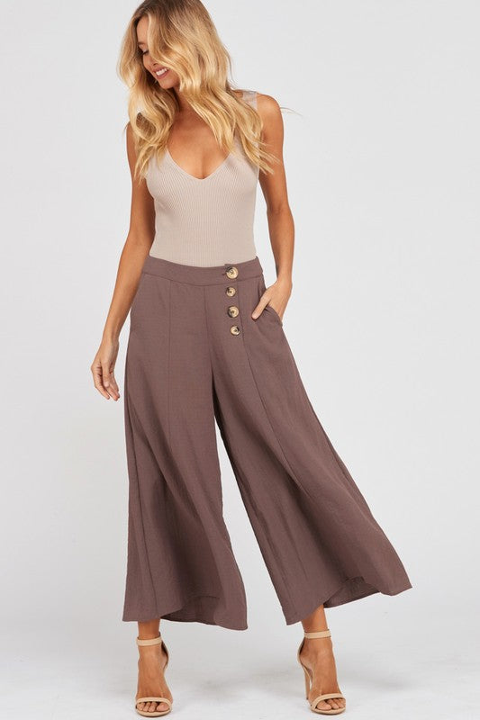 Wishlist Sleeveless V-Neck Fitted Rib Bodysuit-Mocha