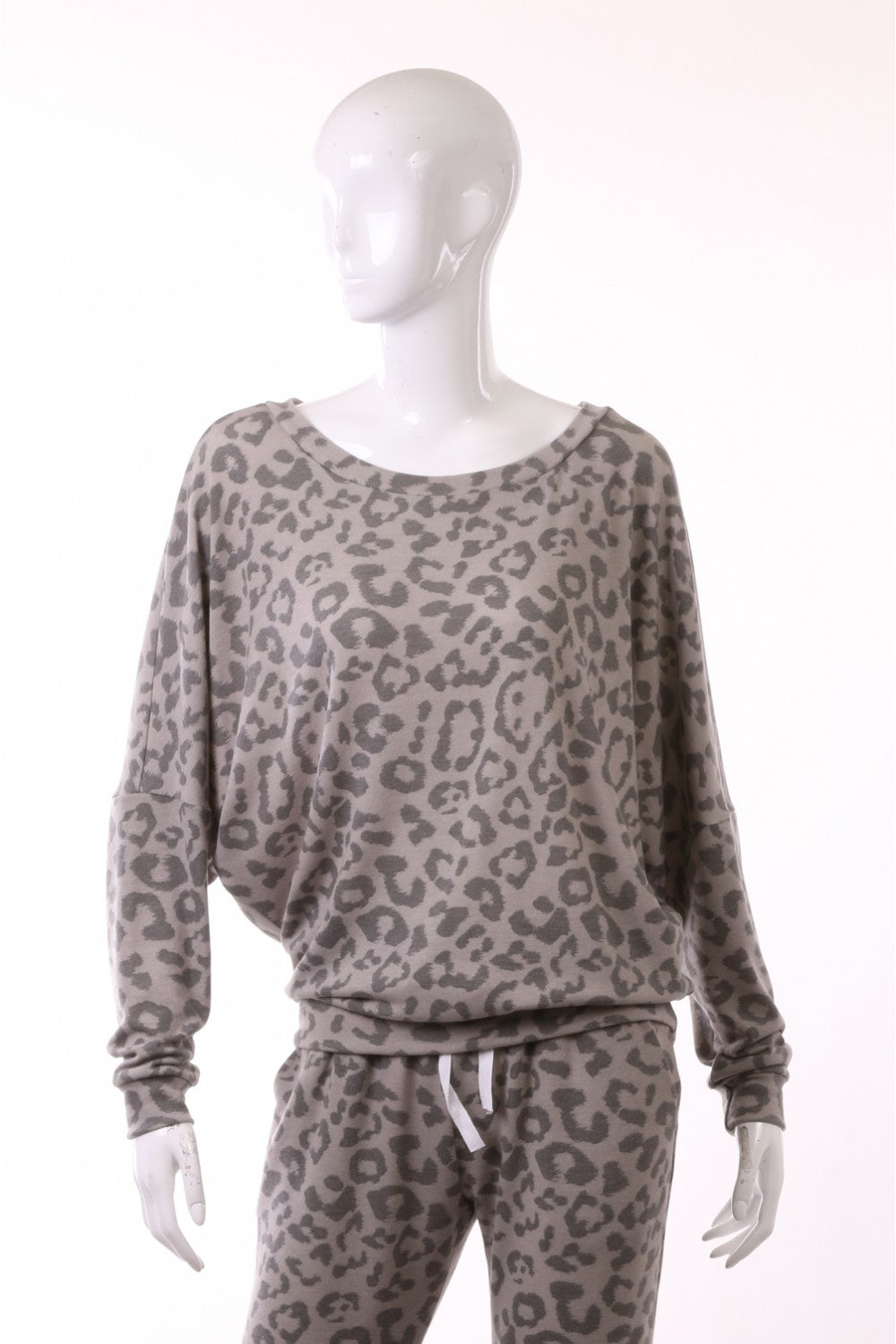 Grey Leopard L/S Pullover Top