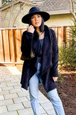 Fuzzy Cardigan -Black