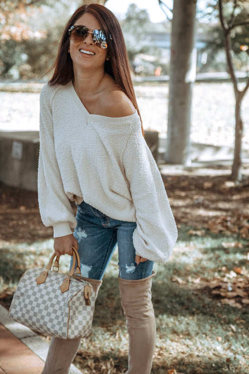 Fuzzy V-Neck Bubble Sleeve Sweater - Ivory