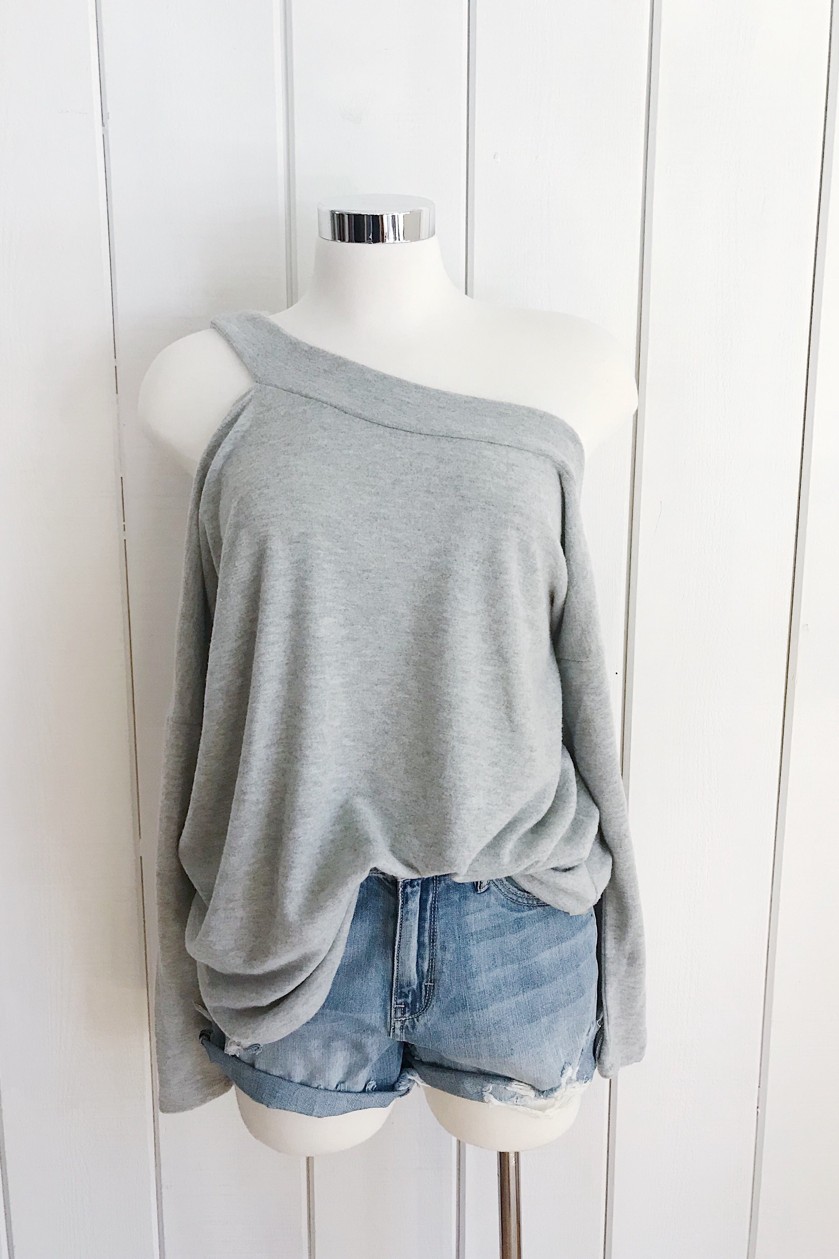 Fantastic Fawn One Side Cold Shoulder L/S Top - Heather Grey - Ella J Boutique