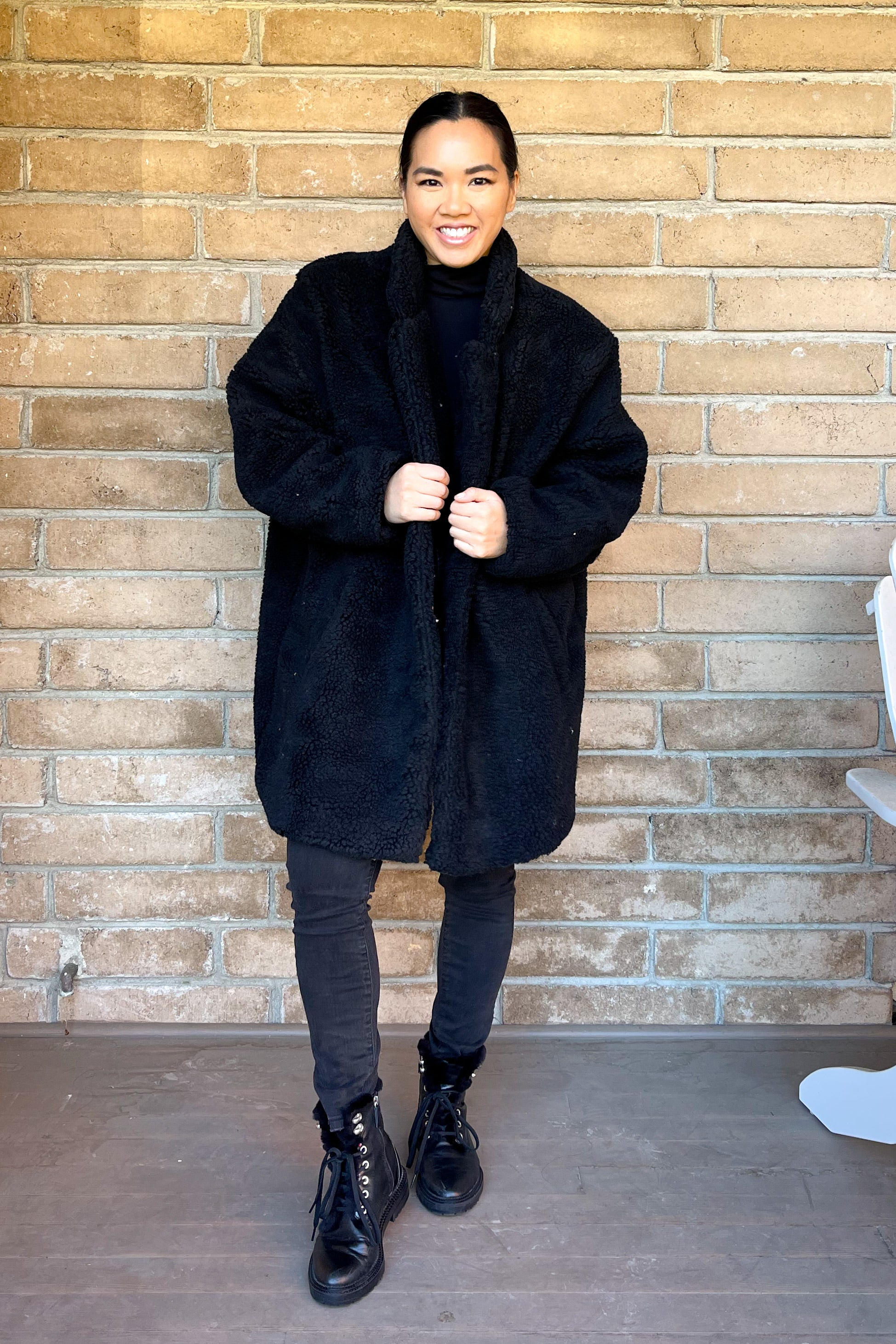 Mr Bear Coat-Black