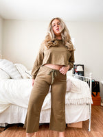 Olive Cropped 2 Pc Set