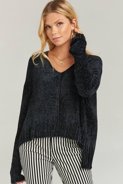 Show Me Your Mumu Hug Me Crop Sweater - Black Chenille