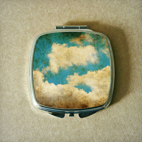 Clouds Compact Mirror