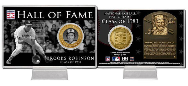 Baltimore Orioles Brooks Robinson Class of 1983  Hall of Fame Bronze Coin Card (HM)