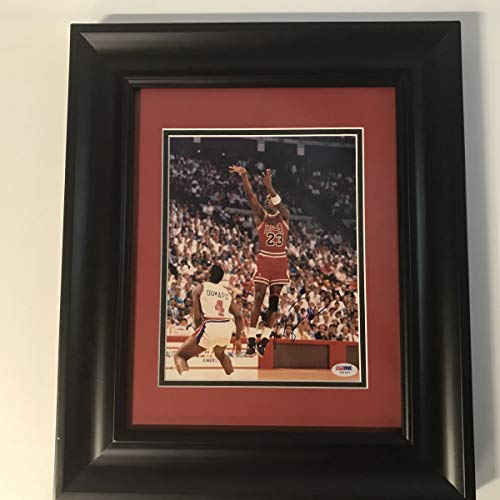 Framed Autographed/Signed Michael Jordan Chicago Bulls 8x10 Basketball Photo PSA/DNA COA/LOA