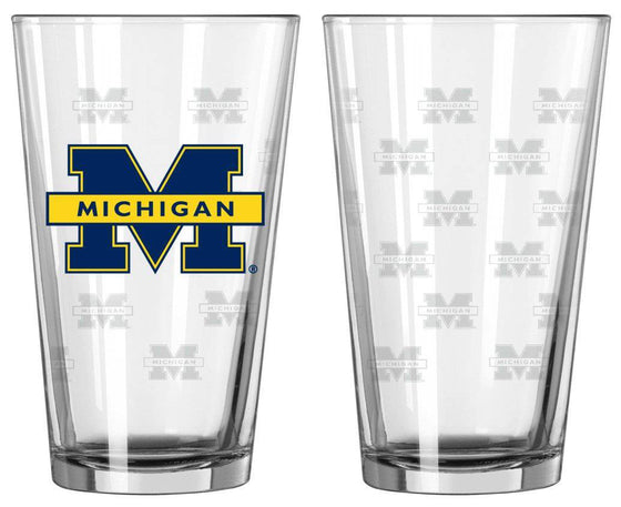 Michigan Wolverines Satin Etch Pint Glass Set (CDG)