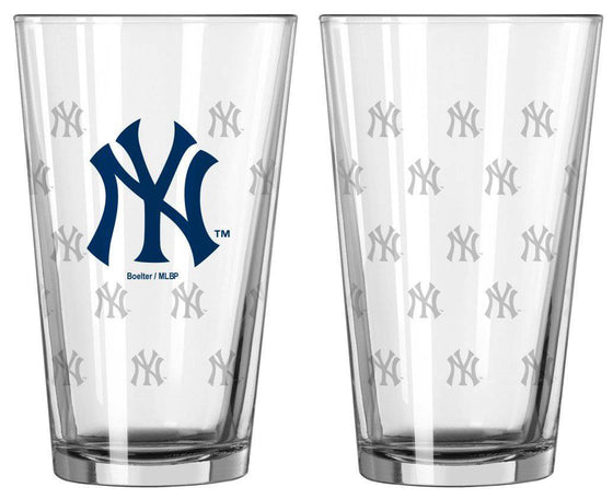 New York Yankees Satin Etch Pint Glass Set (CDG)