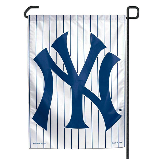 "New York Yankees Small Garden Flag 11""x15"""
