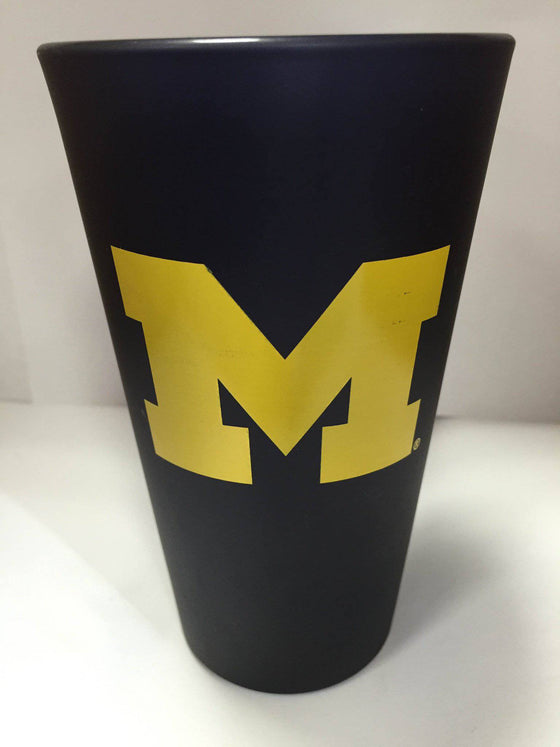 NCAA Michigan Wolverines 16 oz Color Frosted Glass Pint