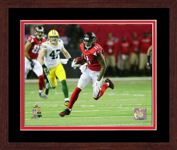 Atlanta Falcons Julio Jones 2016 NFC Championship Team Color Matting Framed 20x24 Photo (Walnut)