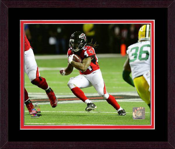 Atlanta Falcons Devonta Freeman 2016 NFC Championship Team Color Matting Framed 20x24 Photo (Mahogany)