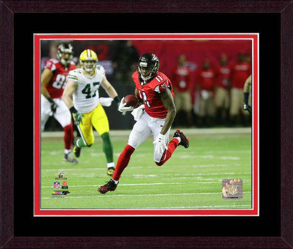 Atlanta Falcons Julio Jones 2016 NFC Championship Team Color Matting Framed 20x24 Photo (Mahogany)