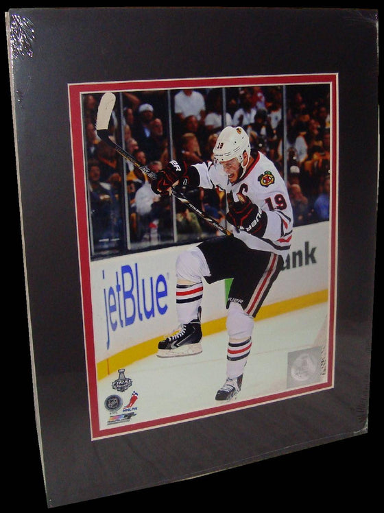 Jonathan Toews Chicago Blackhawks White Matted 8x10 Photo Picture Poster Print