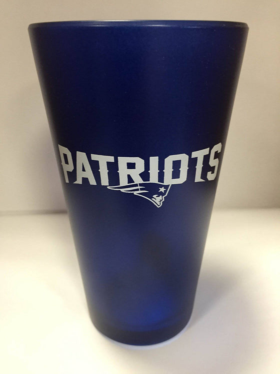 NFL New England Patriots 16 oz Color Frosted Glass Pint - 757 Sports Collectibles