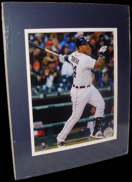 Miguel Cabrerra Detroit Tigers White Matted 8x10 Photo Picture Poster Print