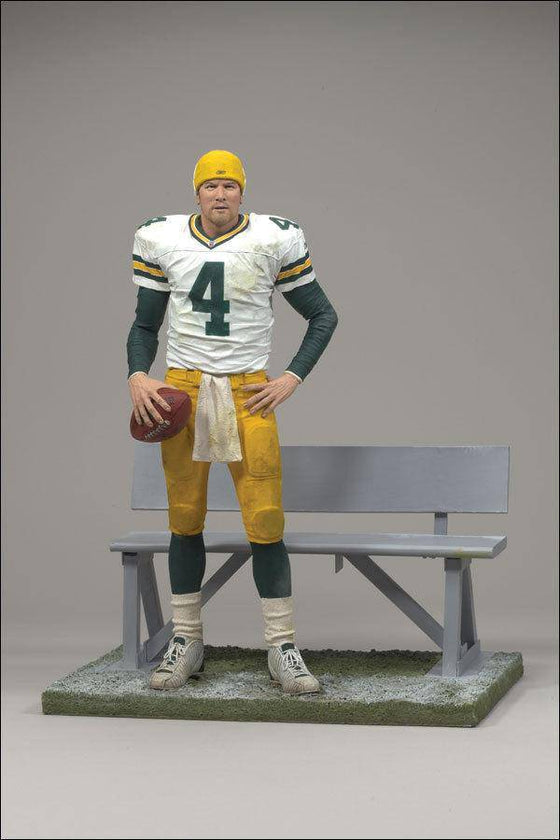 Green Bay Packers Brett Favre #3 Collector's Edition McFarlane Figurine - 757 Sports Collectibles