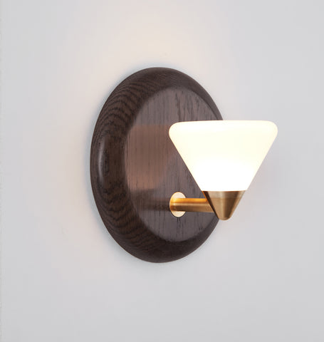 Sconce (Oxidized oak/Brushed brass)