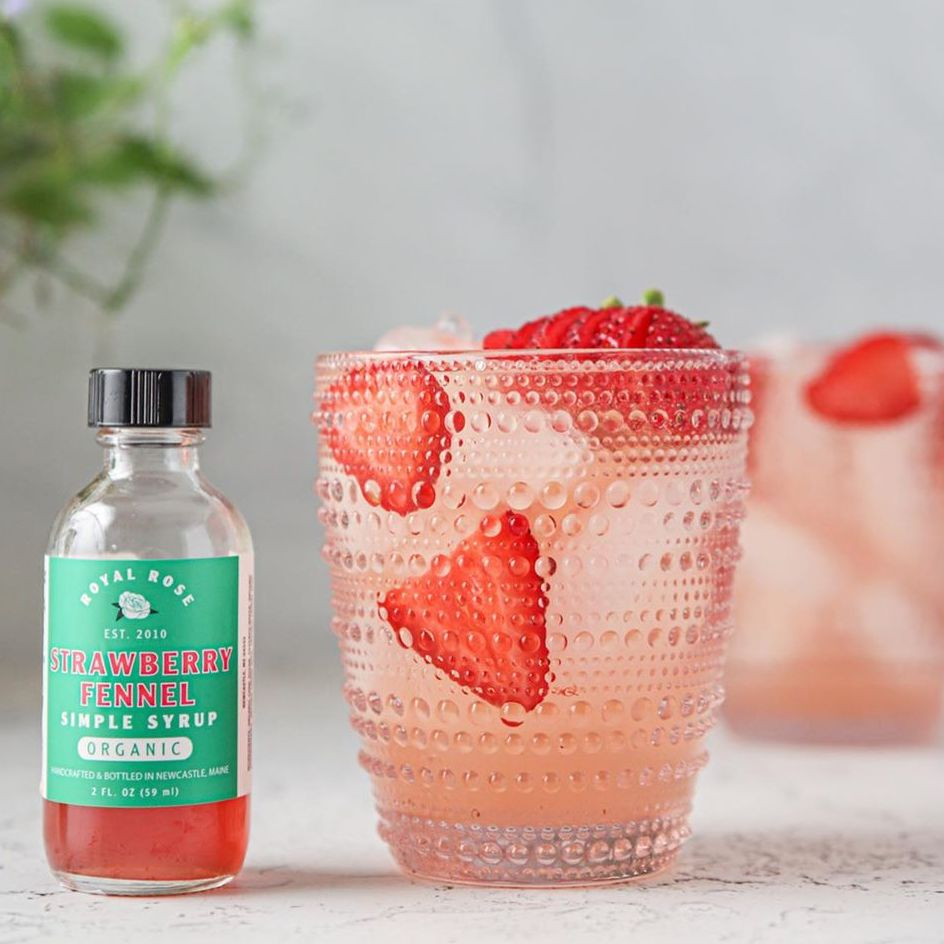 Strawberry Fennel Gin Fizz