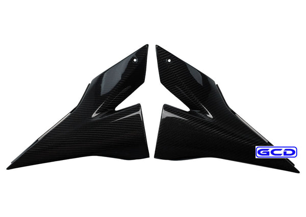 (04-05) Kawasaki ZX10R Carbon Fiber Side Panel Covers