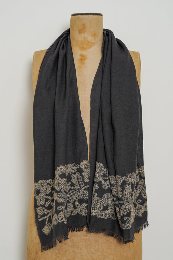 Sophie Digard - V4413 MR PITCH/PUSSY - DOMAIN embroidered Stole