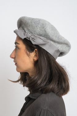 Gil Fox - Light grey beret wide-light grey grosgrain