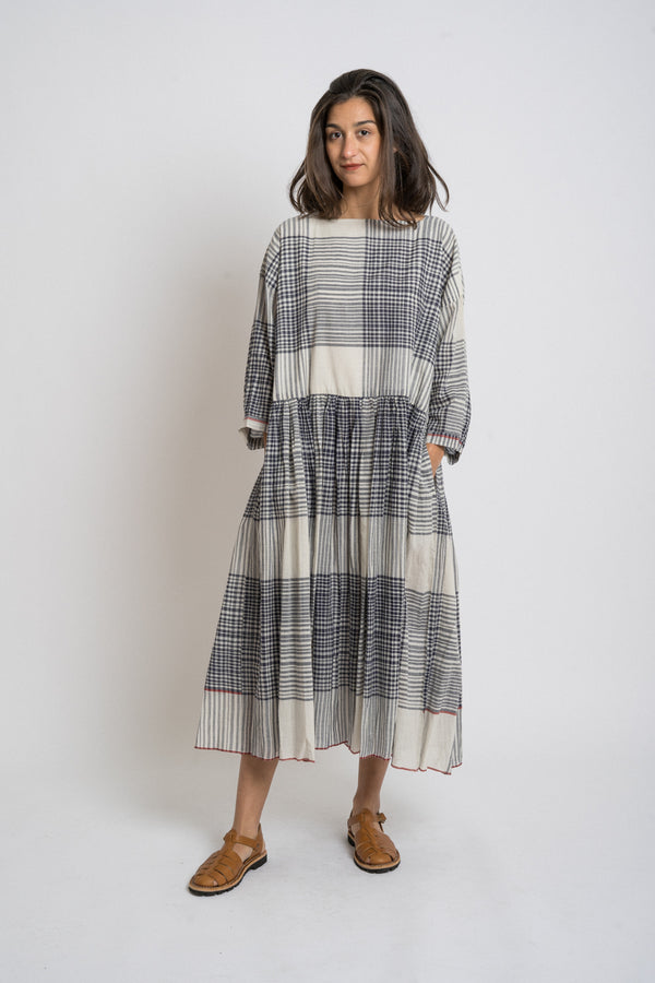 Runaway Bicycle - rbaw2039 SYLVIA cotton oversize dress Off white black check