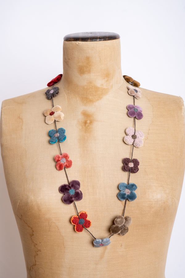 Sophie Digard - CF4PV - Mr LO - Fleur 4 petals velours medium crocheted necklace