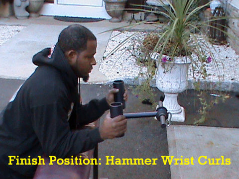 Exercise: Wrist Curl with the Hammer Curl Bar