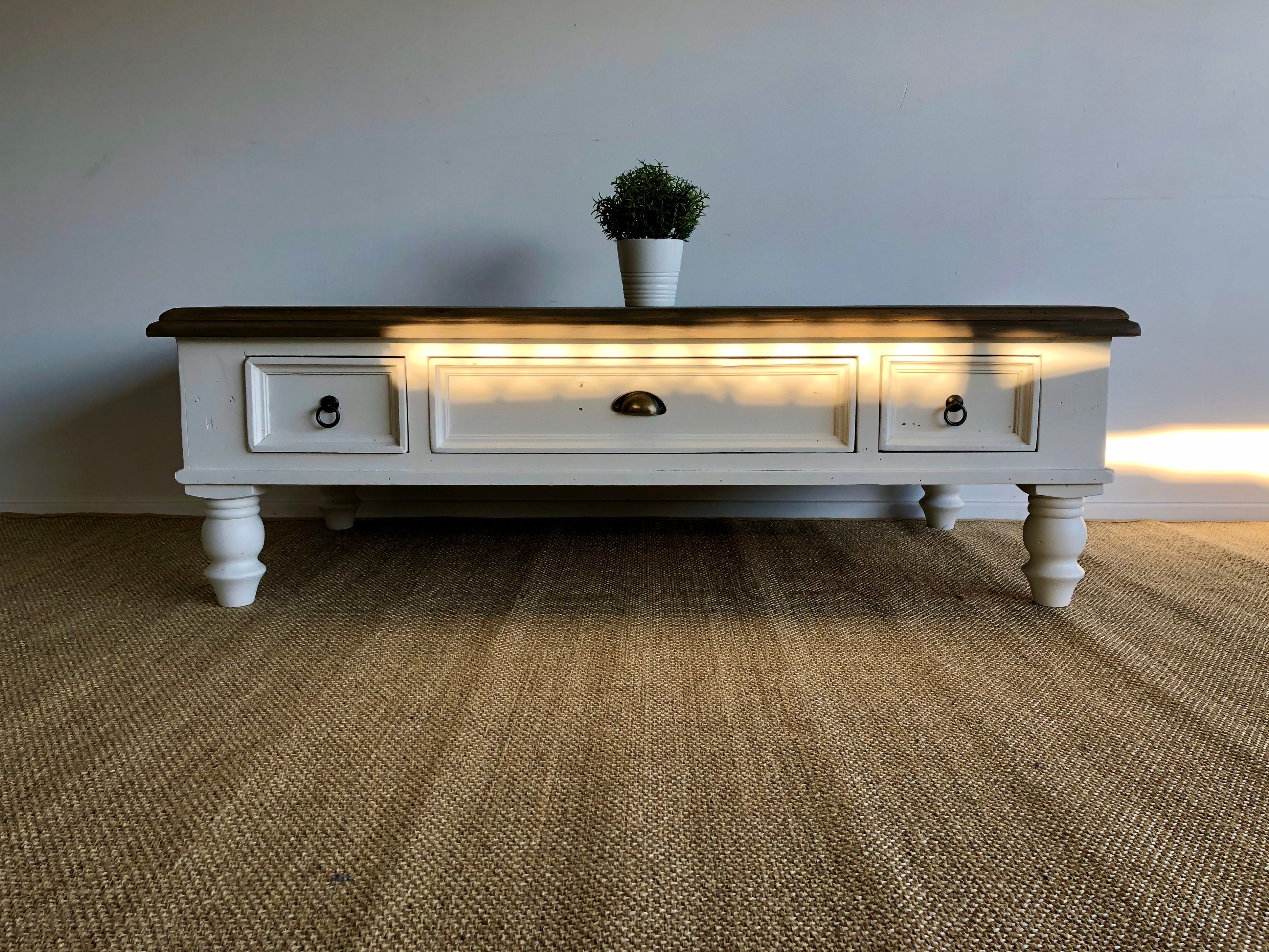 Hamptons Style Country Coffee Table