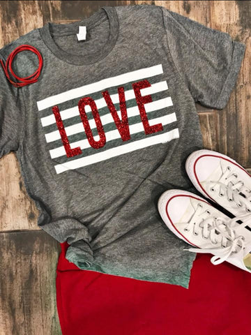 Red Glitter LOVE Graphic Tee(S-XL)