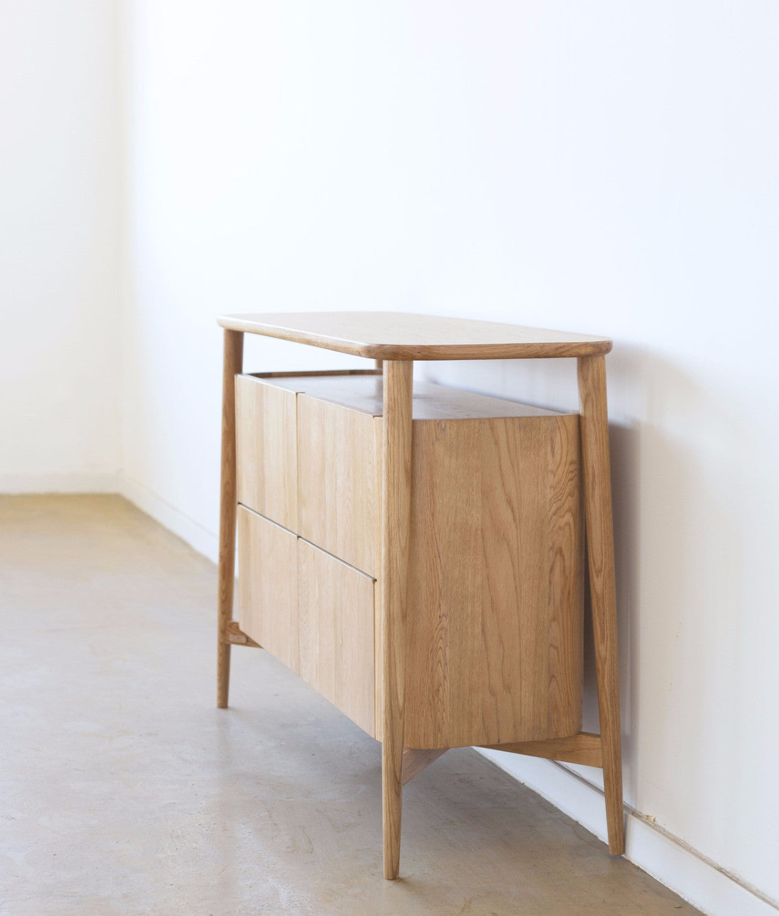 HOLD CABINET Ziinlife oak