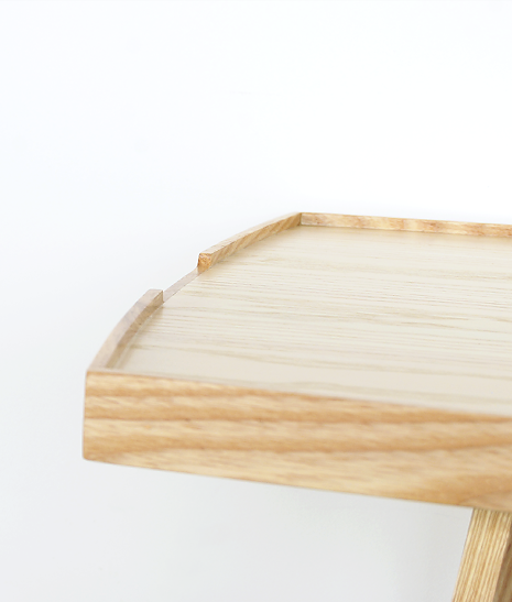 798 tea table natural oak detail