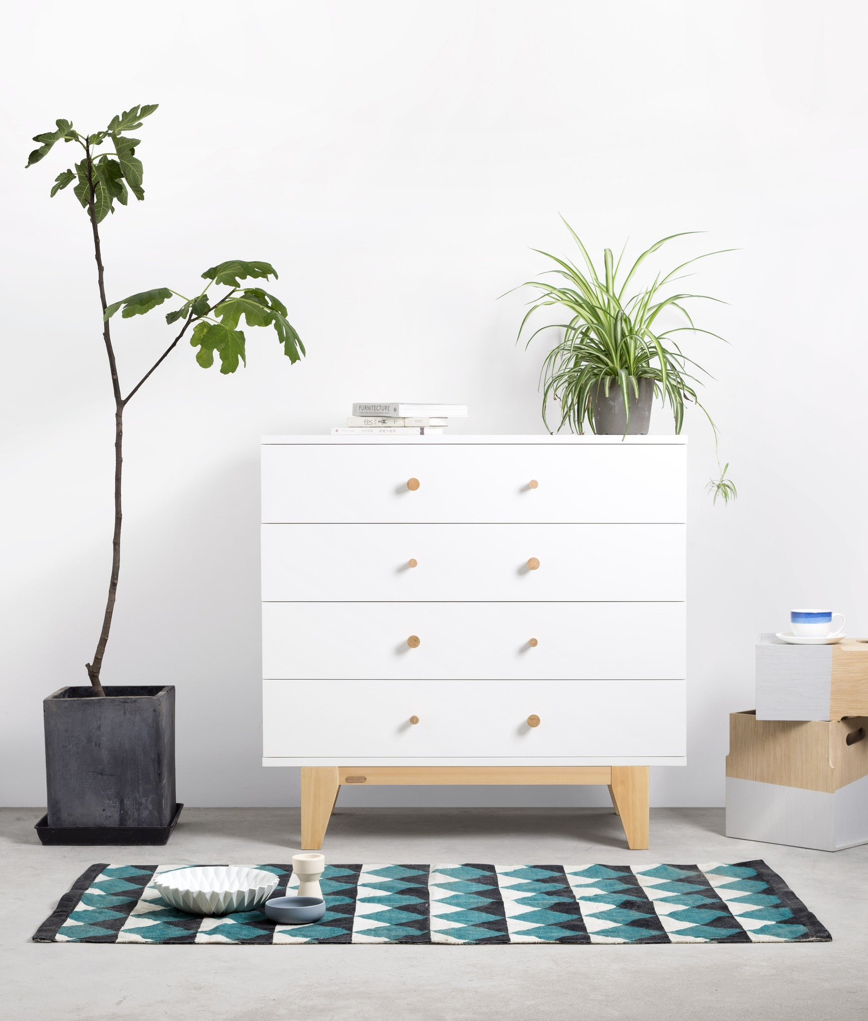 ISSAC 4 DRAWERS CABINET White front