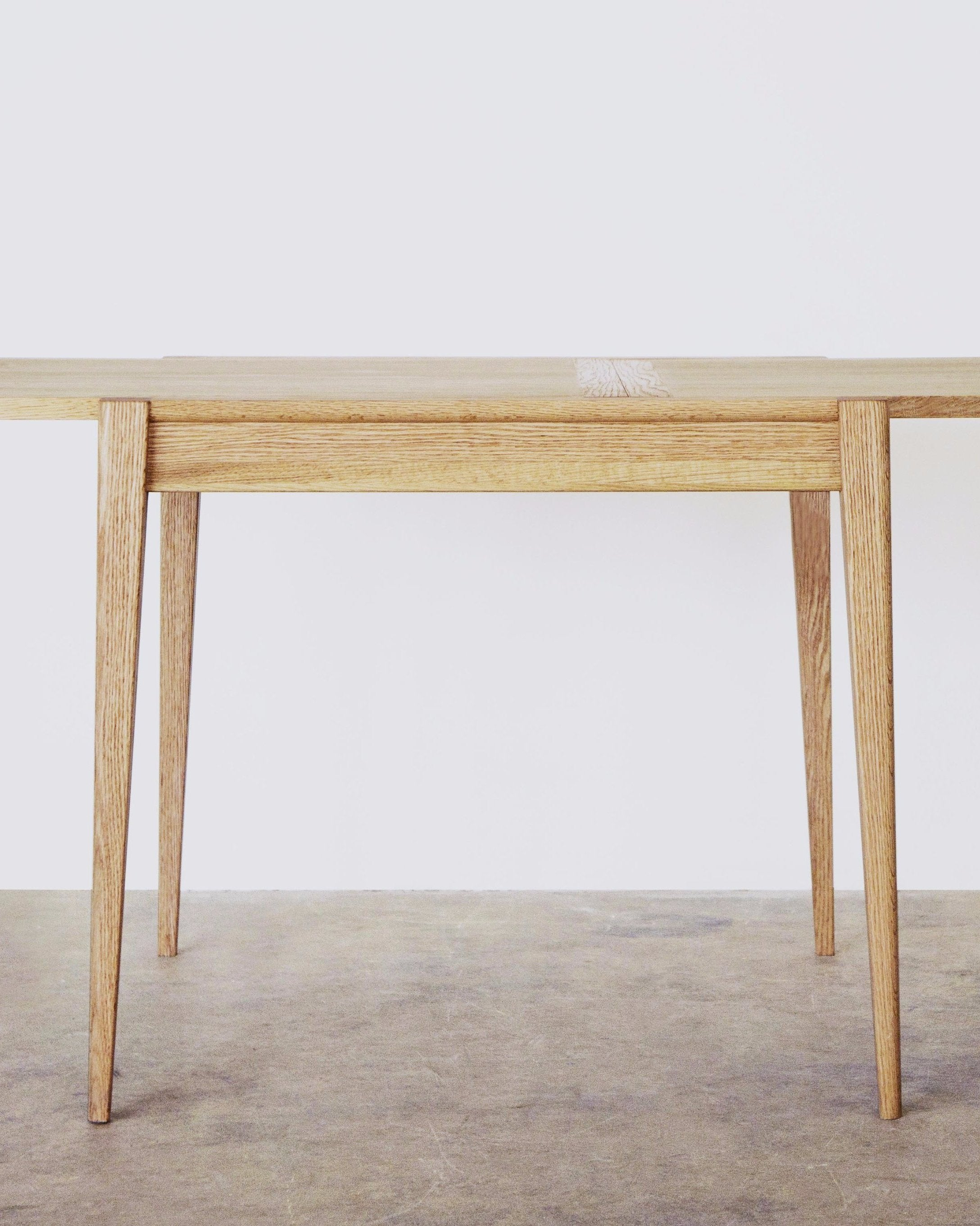 CINDY TABLE Natural Oak